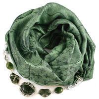 Teplá šála s bižuterií - zelená