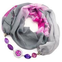 Šála s bižuterií Extravagant - šedá s květy