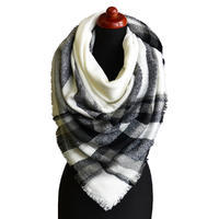 Blanket square scarf - white and black