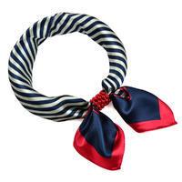 Šátek s bižuterií Letuška - modročervený