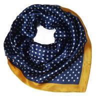 Šátek saténový - modrý puntíkovaný