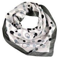 Šátek saténový - černobílý s potiskem