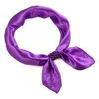 Šátek s bižuterií Letuška - jasně fialový