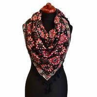 Velký šátek 69pl006-70.20 - černočervený s geometrickým vzorem