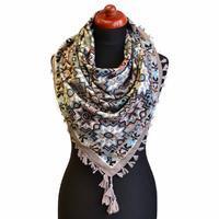 Velký šátek 69pl006-71.31 - šedý s geometrickým vzorem