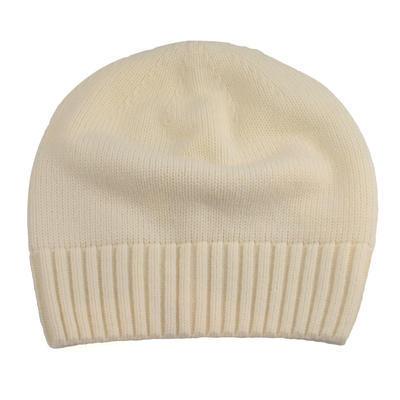 Pletená dámská čepice - bílá
