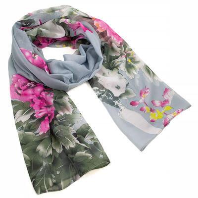 Šála vzdušná - šedo-růžová s květy