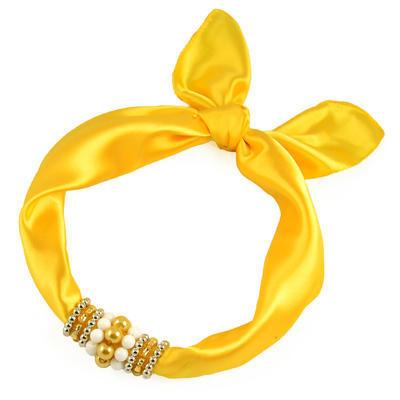 Šátek s bižuterií Letuška - žlutý - 1