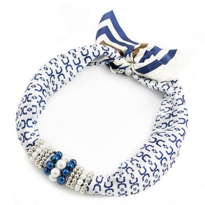 Šátek s bižuterií Letuška - bílo-modrý - 1