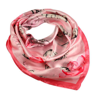 Šátek saténový 63sk004-23.27 - růžový s máky - 1