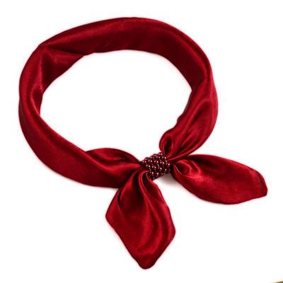Šátek s bižuterií Letuška - vínový - 1