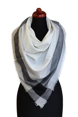 Velký šátek 69pl013-01.70 - bíločerná kostka - 1