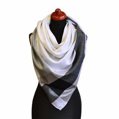 Velký šátek - bíločerná lesklá kostka - 1