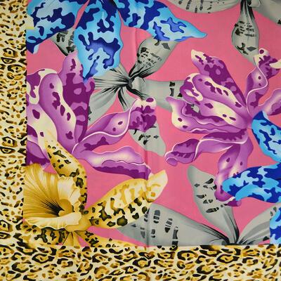 Velký šátek - růžovo-hnědý s potiskem - 2