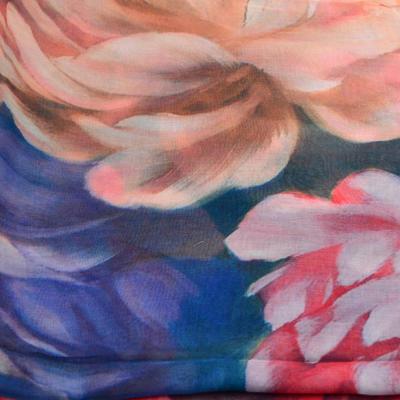 Šála klasická - modro-červená s květy - 2