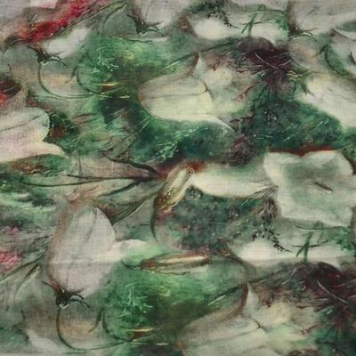 Šála klasická - zelená s květy - 2