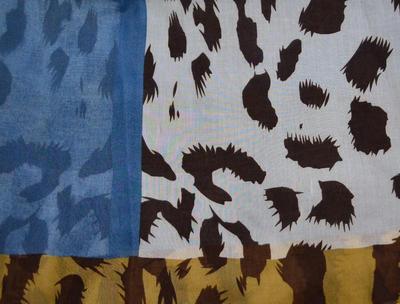 Šála klasická - modrobéžová zvířecí - 2
