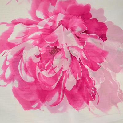 Šála vzdušná - bílorůžová s květy - 2
