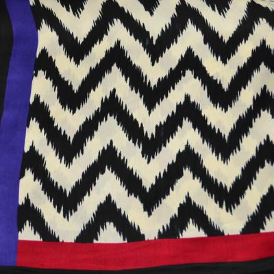 Šátek saténový 63sk006-03 - černobílý klikatý - 2
