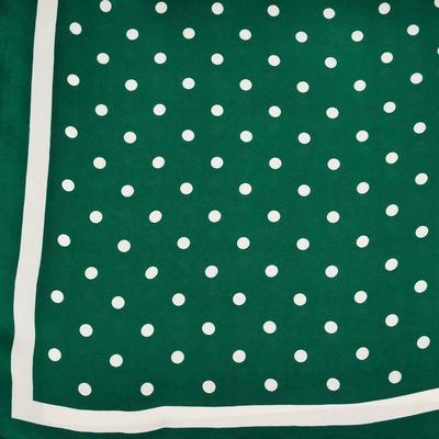 Šátek - zelený s puntíky - 2