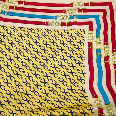 Šátek - žluto-béžový s potiskem - 2