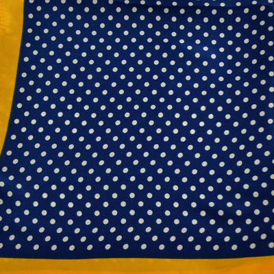 Šátek saténový - modrý puntíkovaný - 2