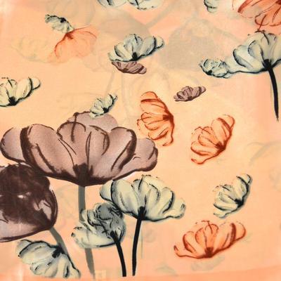 Šátek saténový - meruňkový s květy - 2