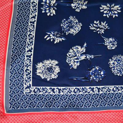 Šátek saténový - modročervený s potiskem - 2