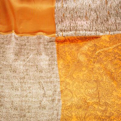 Šátek saténový - oranžovo-hnědý s potiskem - 2