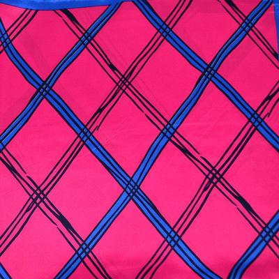 Šátek saténový - fuchsiový s potiskem - 2