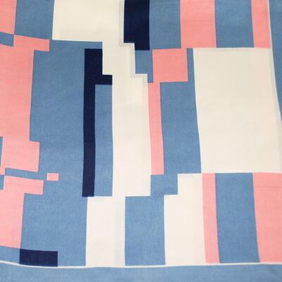 Šátek saténový - modro-růžový s potiskem - 2