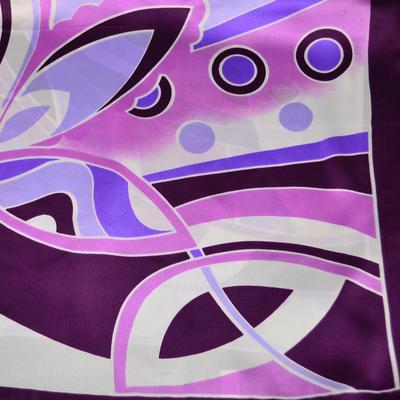 Šátek saténový - fialový s potiskem - 2