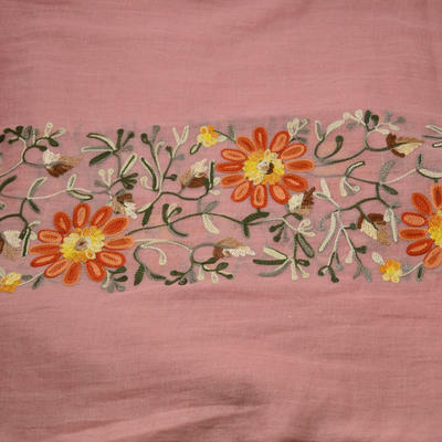 Tunelová šála 69tu004-23.11 - růžová s vyšitými květinami - 2