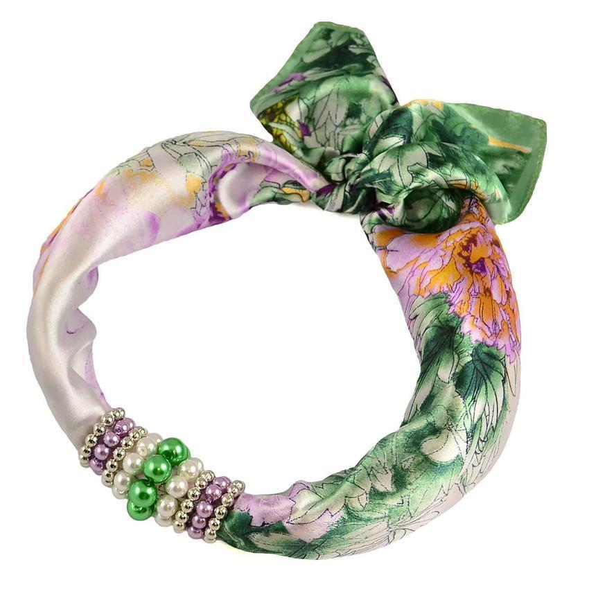 Šátek s bižuterií Letuška - zelený